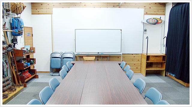 ラリーグラス大名店のミーティングルーム