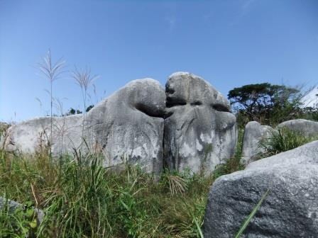 キス岩 いろんな岩があり楽しい