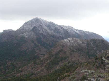英彦山北岳を望む