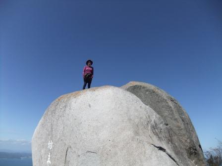 山頂の大岩 『坊主岩』